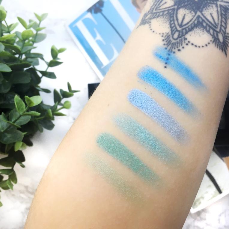 Makeup-Revolution-Unicorn-vs-Mermaid-Palette