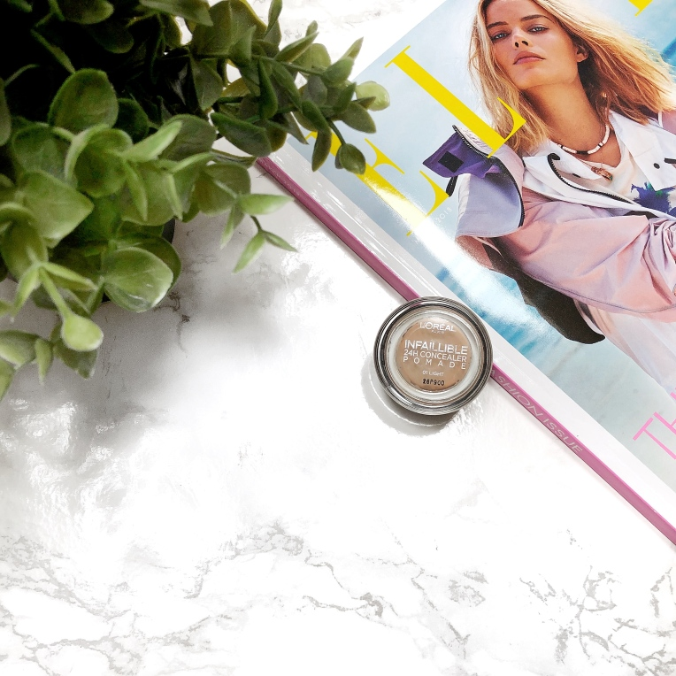 L'Oreal-Infallible-24hr-Concealer-Pomade-review2